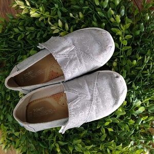 TOMS girls size T 10